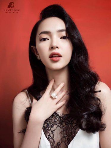 Fashionista Châu Bùi – Giản dị tại sự kiện Yakson Beauty