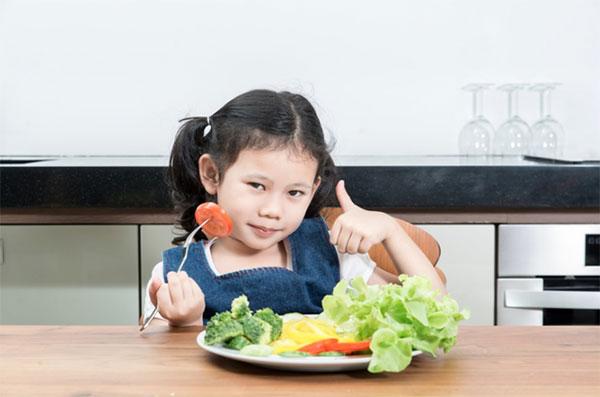 giúp trẻ tăng cân