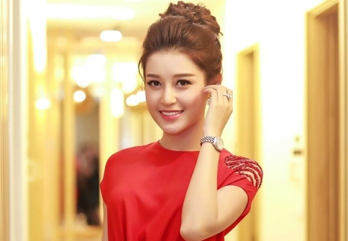 Á hậu Huyền My trở thành khách hàng thân thiết của Yakson Beauty